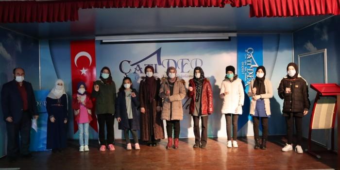 ÇATI-DER'DEN 100 ÖĞRENCİYE 100 ÇEYREK ALTIN